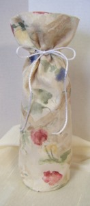 682 Wine Gift Bag Flowers a
