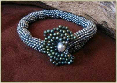 Star-Flower-Bracelet